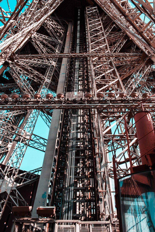 closeup photo of tower