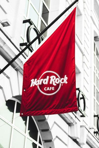 hard rock cafe signboard