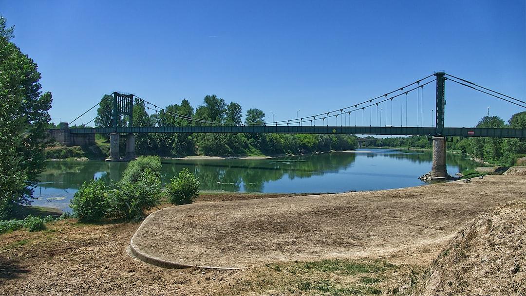 Pont sur la Garonne à Marmande