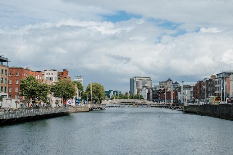 Ha'Penny Bridge, Dublin Ireland