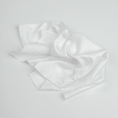 577. Minimalista, fekete-fehér