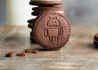 pile of Oreo cookies