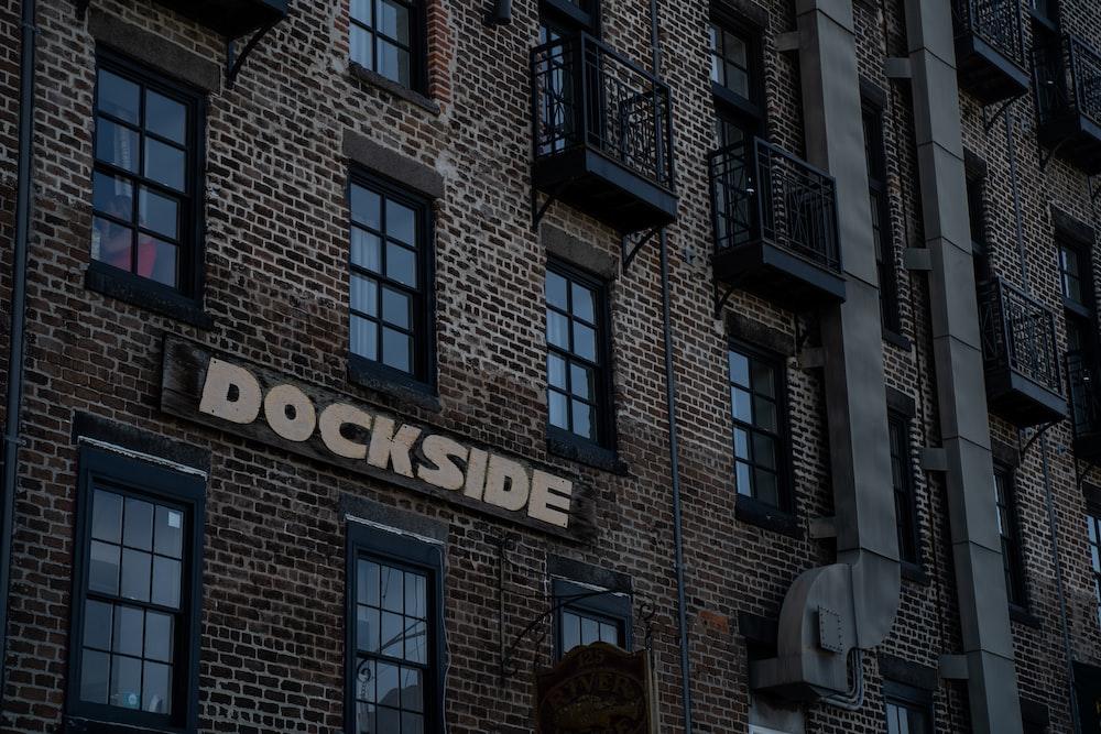 Dockside concrete apartment