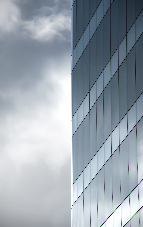 Minimal Architecture Wallpaper GEAR⤸ Foreground: Nikon D5500 - Nikkor 18-135 mm Instagram Account - @therawhunter https://www.instagram.com/therawhunter/