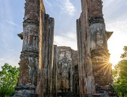 Sigiriya - Polonnaruwa - Minneriya - Sigiriya (143km)
