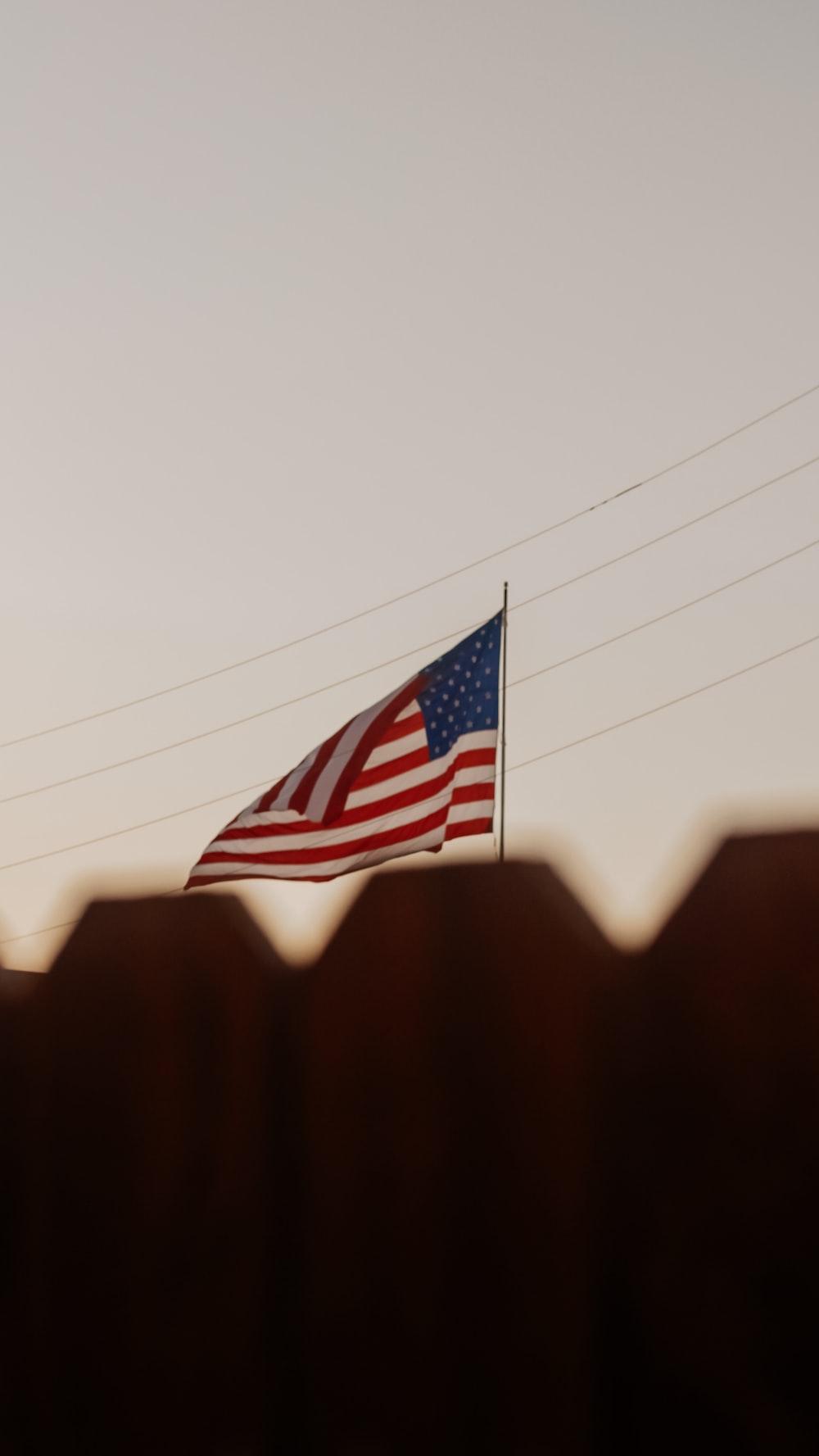 USA flag on focus photography