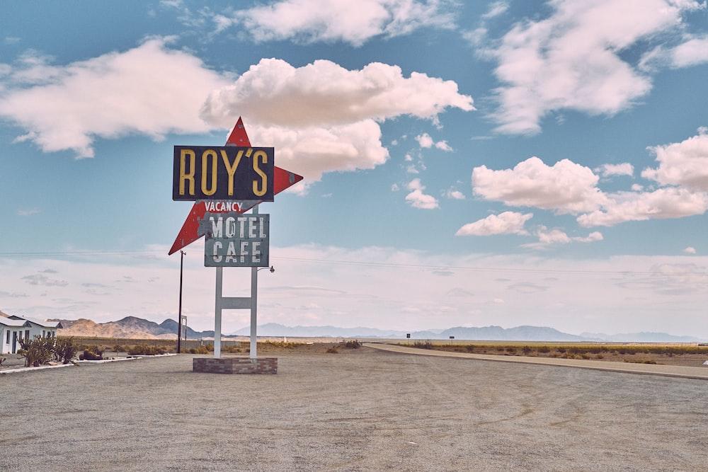 Roy's motel cafe signage