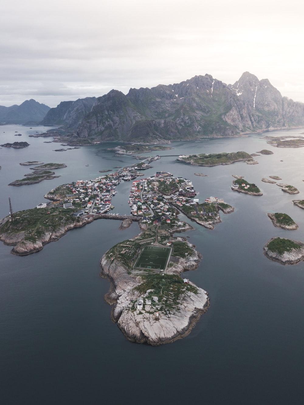 islands during daytime