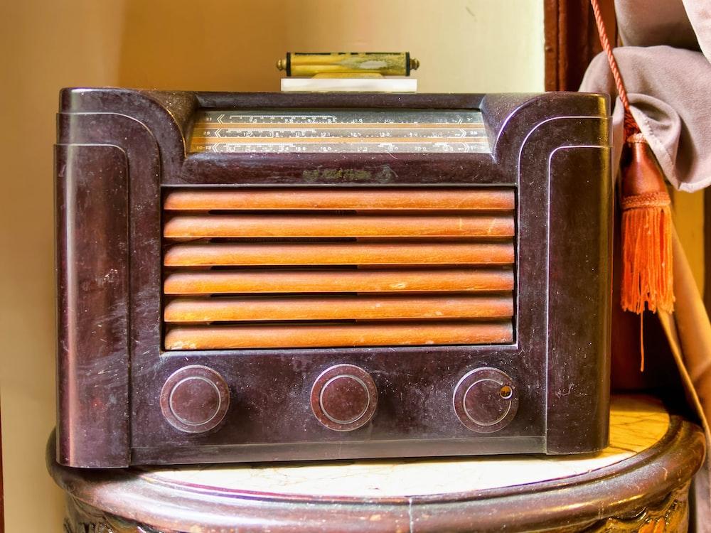 black transistor radio