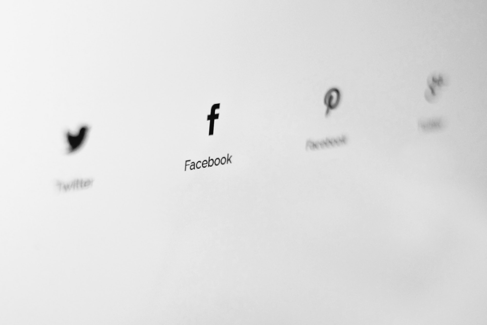 Twitter vs Facebook: Which is Best for Your Business?