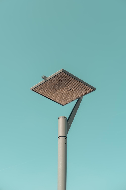 gray street light at daytime
