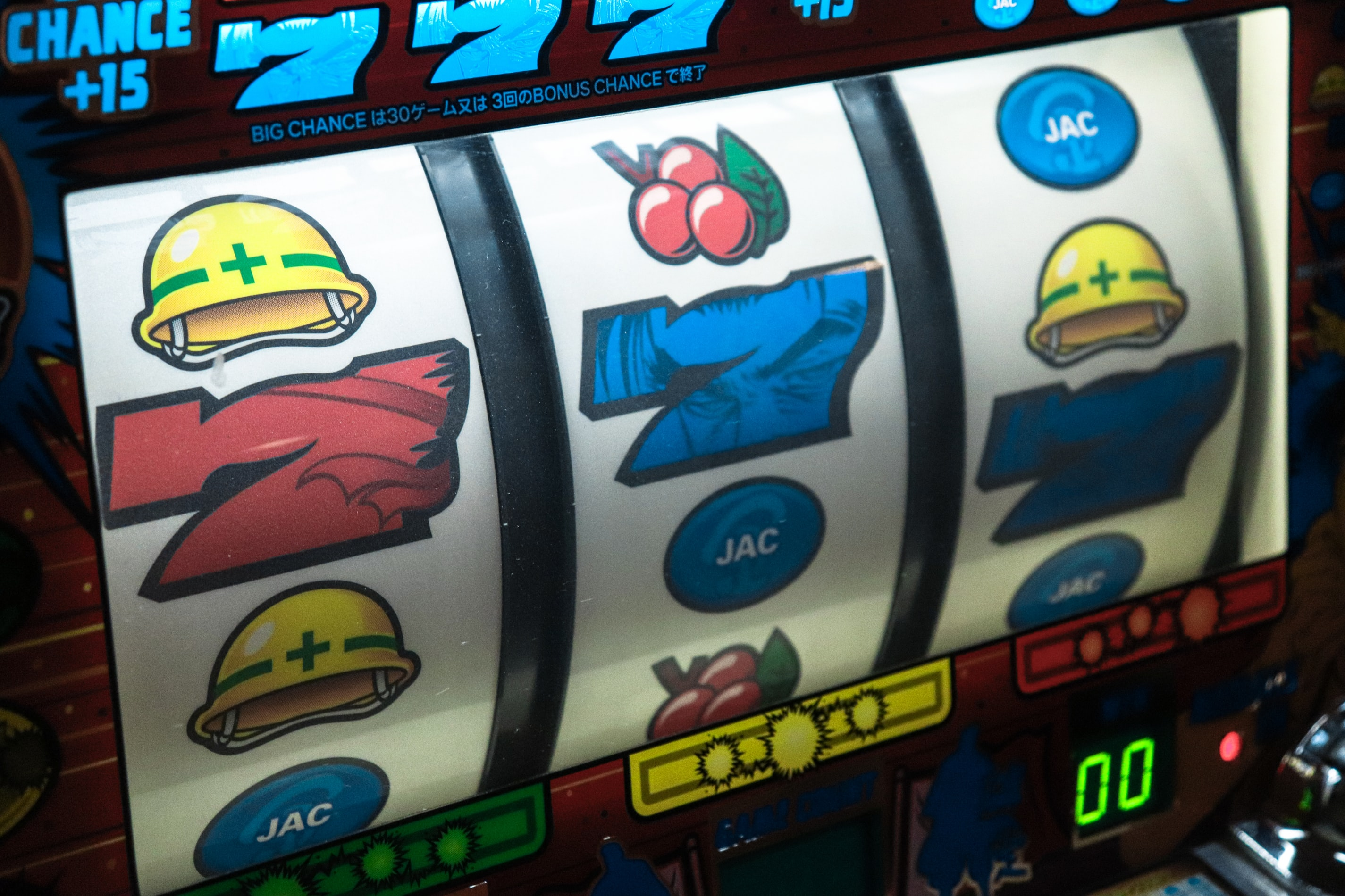 What are the maximum slot winnings I can withdraw weekly?