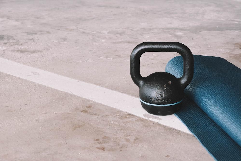 black kettle bell