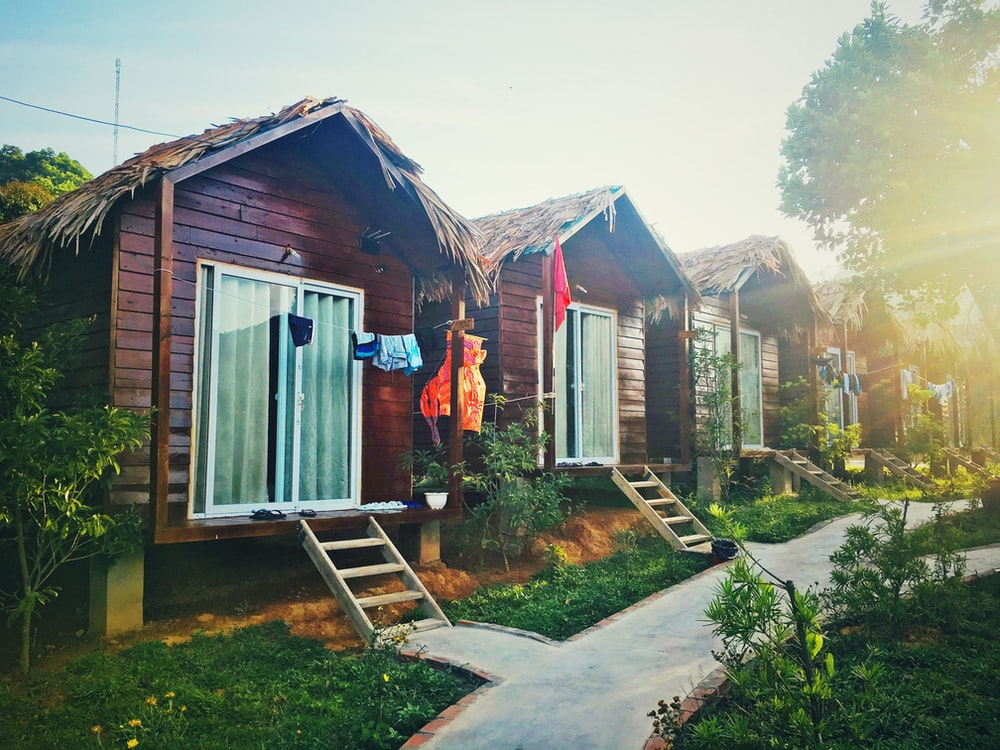 brown wooden houses