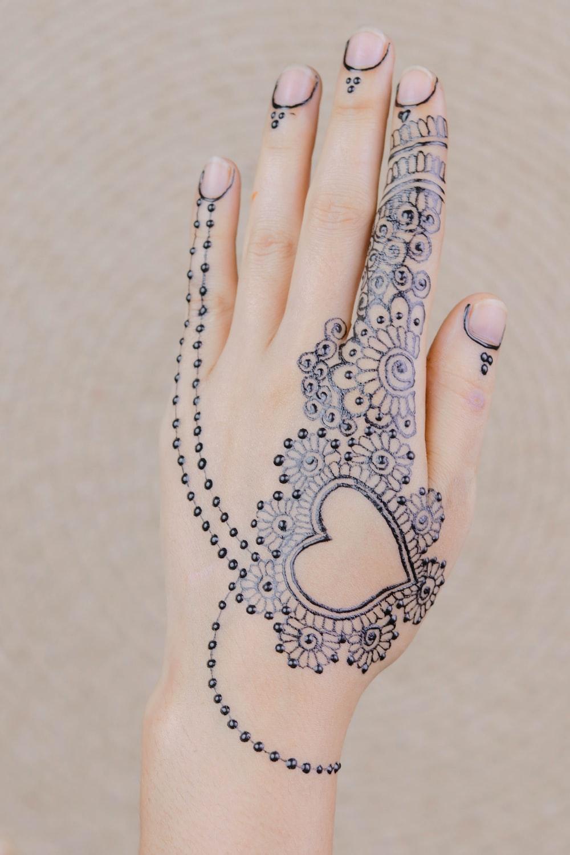 black mehndi tattoo