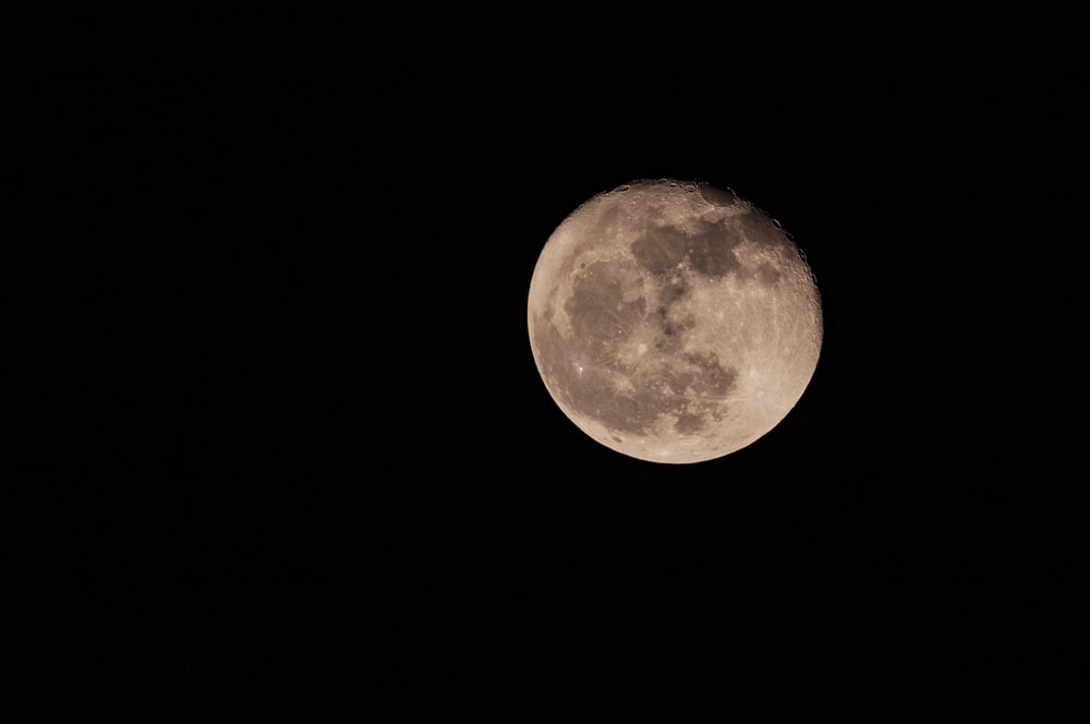 white full moon scenery
