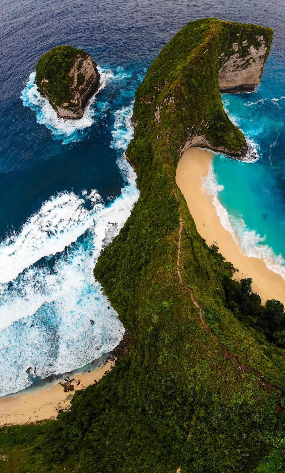 green island in high-angle photo