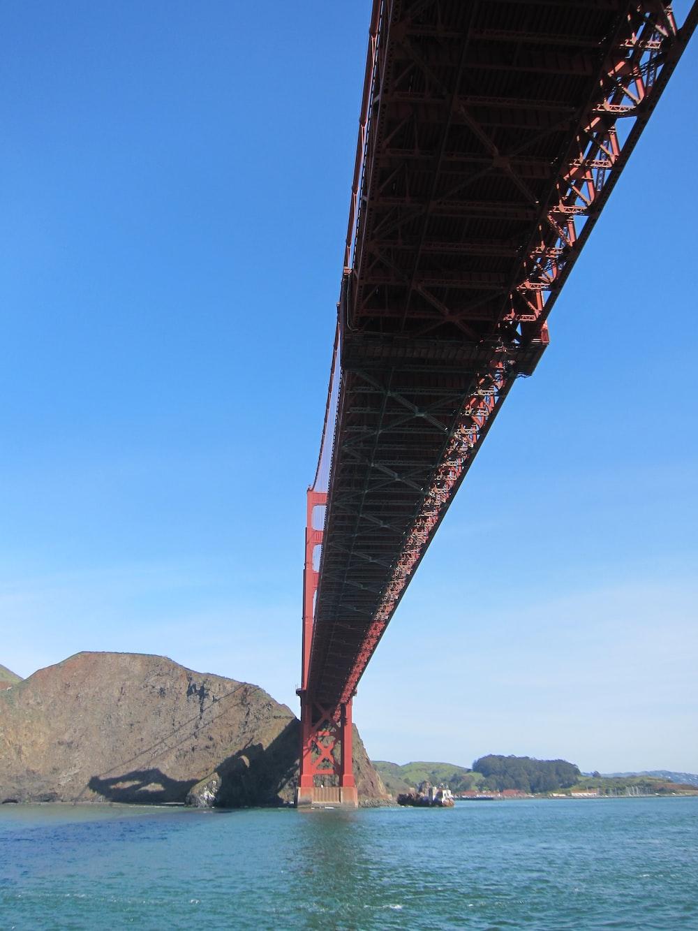 red San Francisco bridge