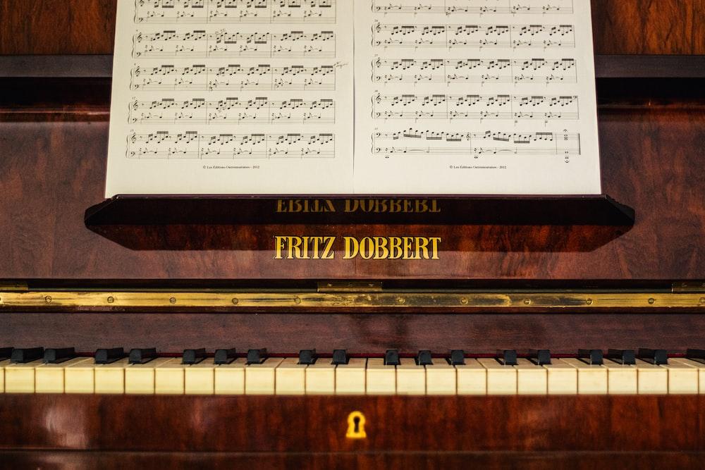 Fritz Dobbert piano
