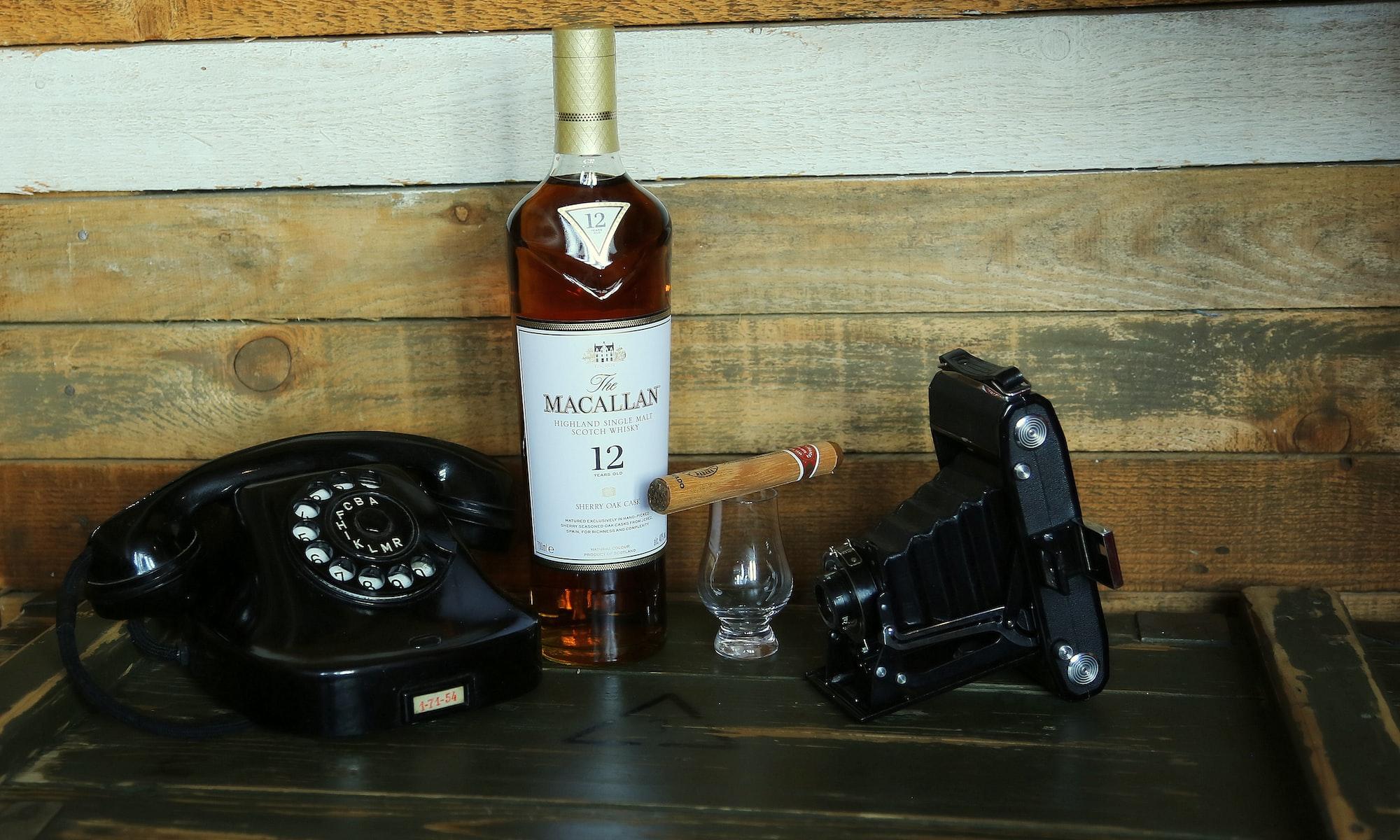whisky art cigar old camera