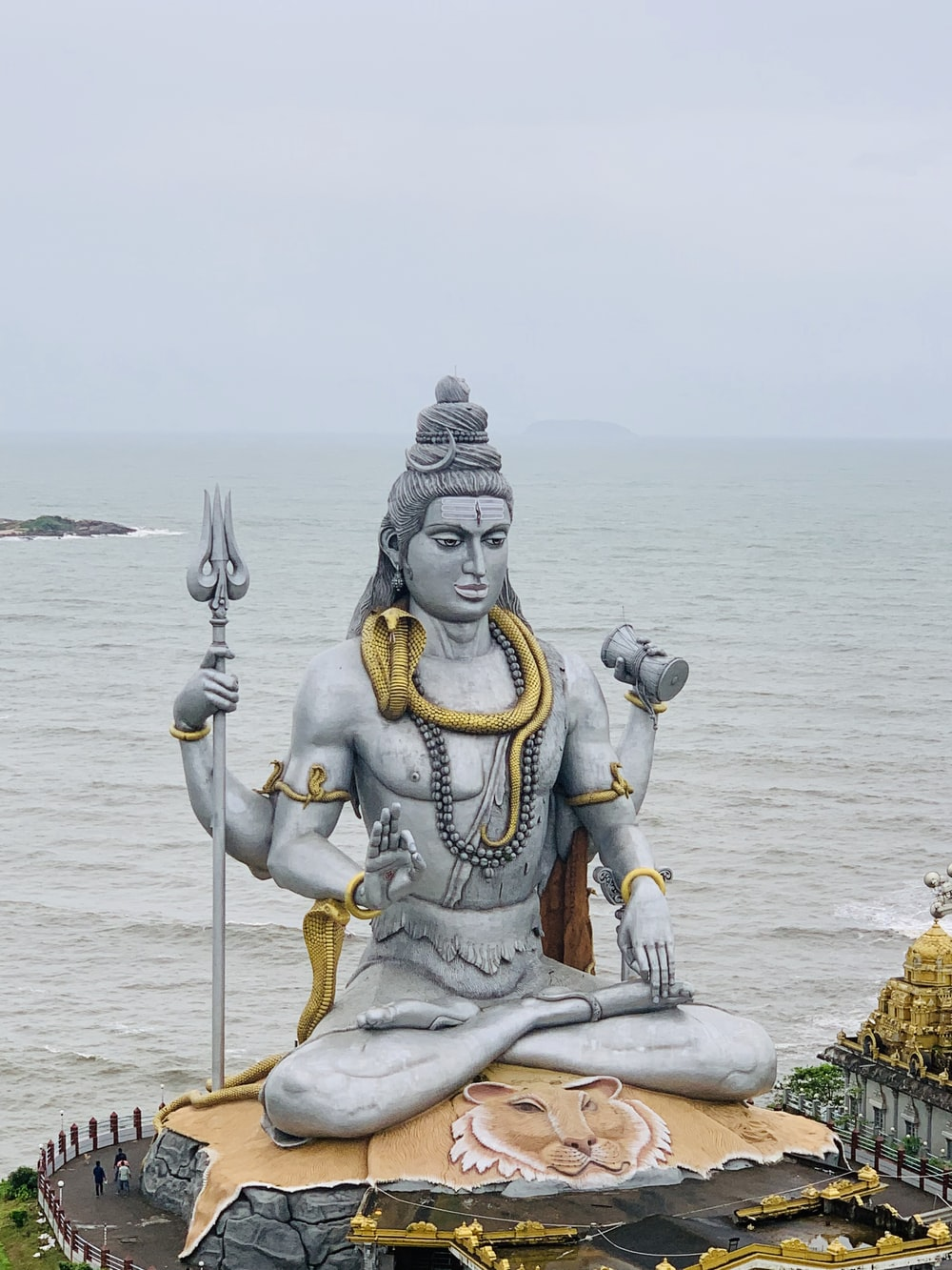 Shiva Statue Pictures Download Free Images On Unsplash