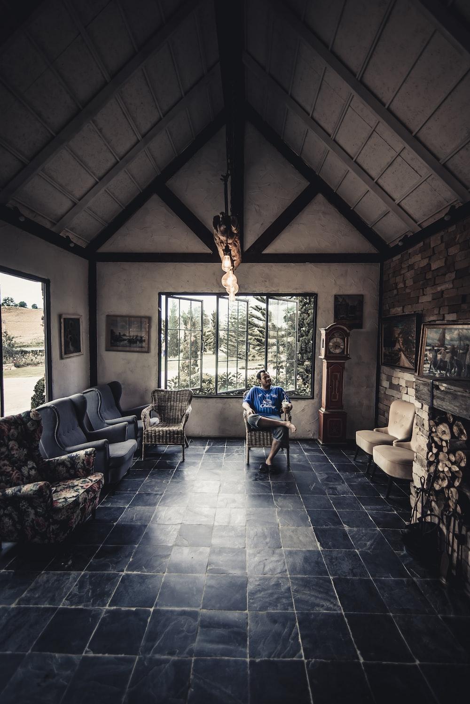 Types Of Living Room Flooring (2019 Ideas)