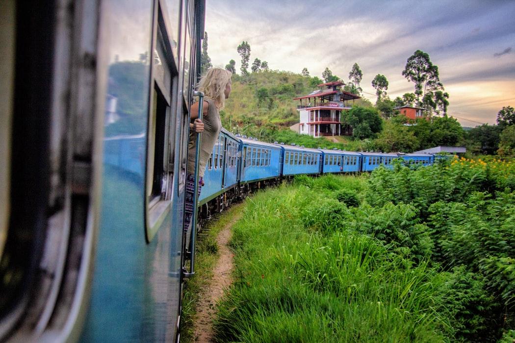 A girl in a train in Elle