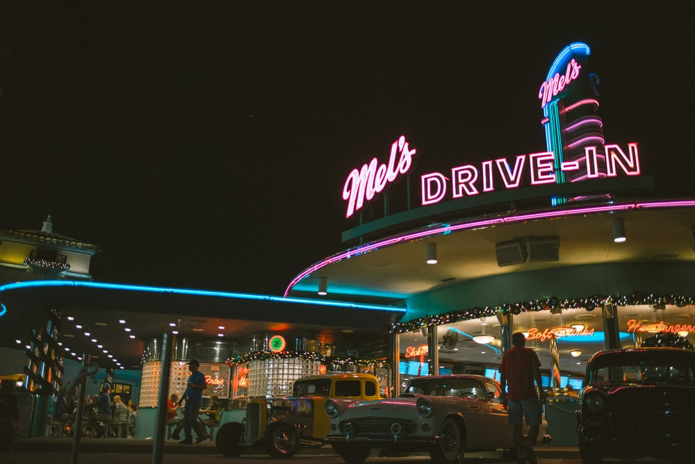 Mel's Drive-in building