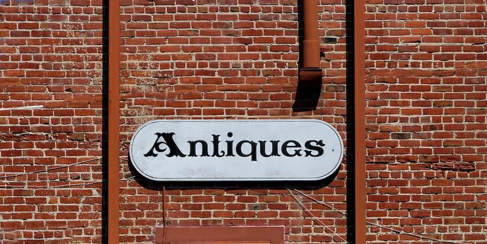 Antiques signage