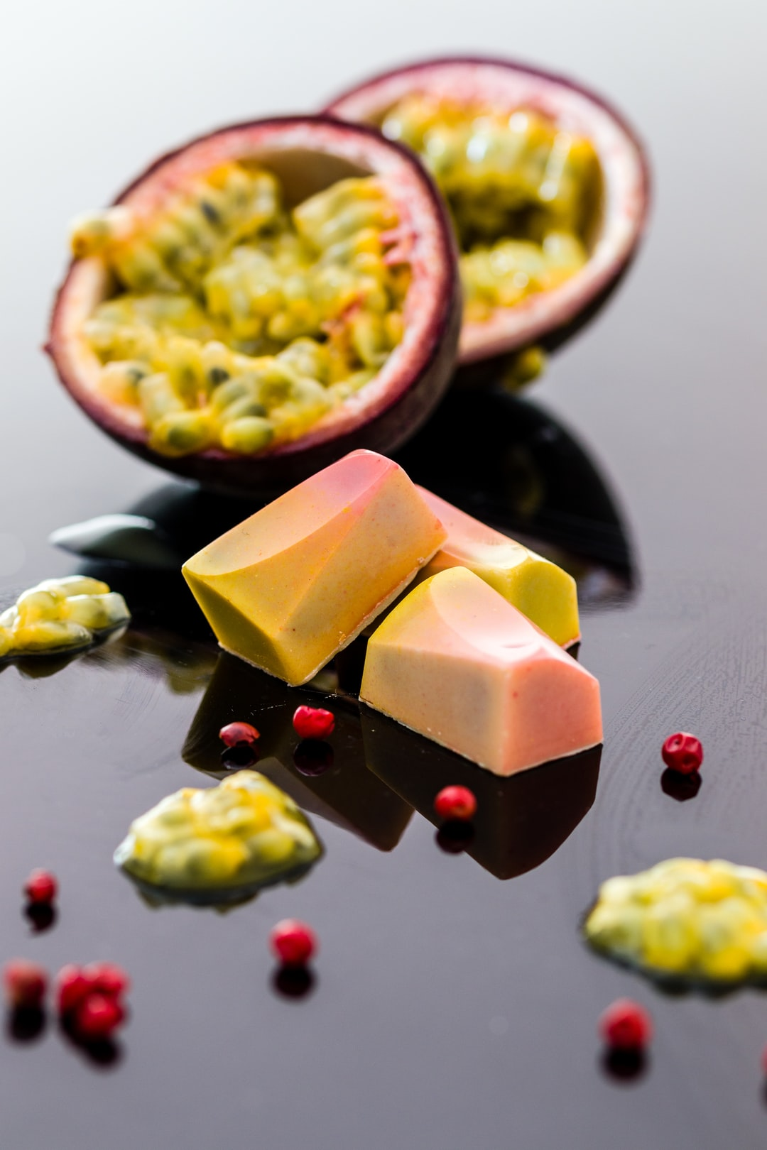 Passion fruit and pink pepper bonbons
