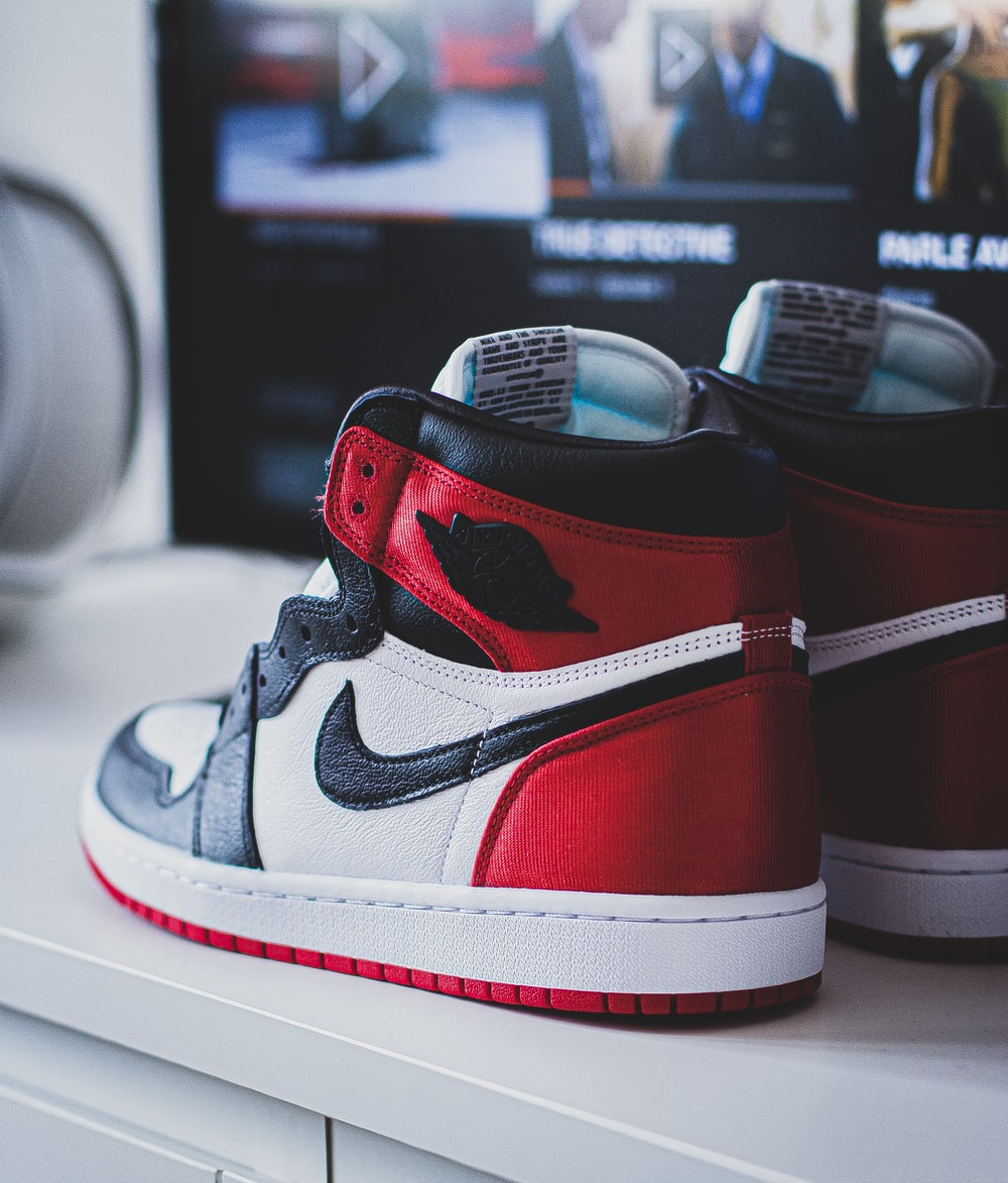 white-black-and-red Nike Air Jordan 1's