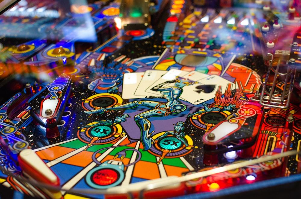 closeup photo of pinball machine