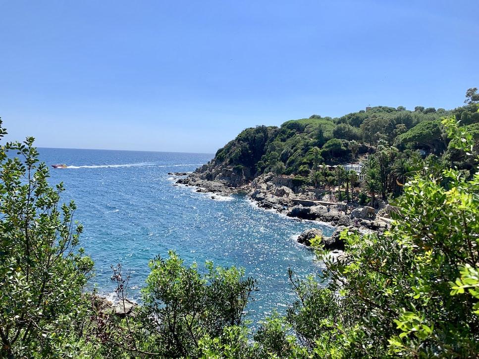 the beautiful coast of Girona with breathtaking views.