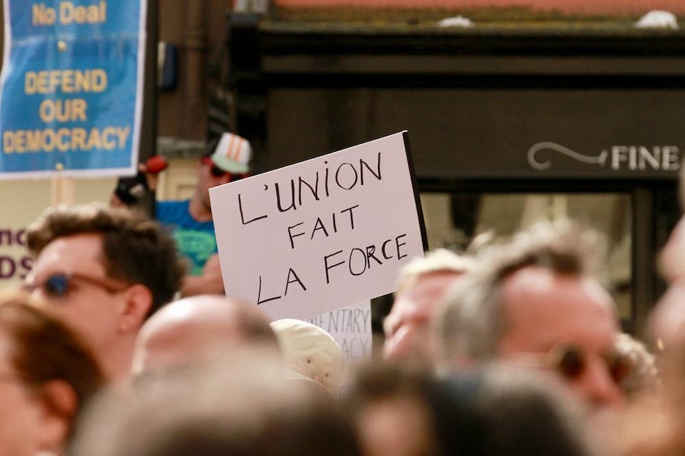 l'union fait la force signage