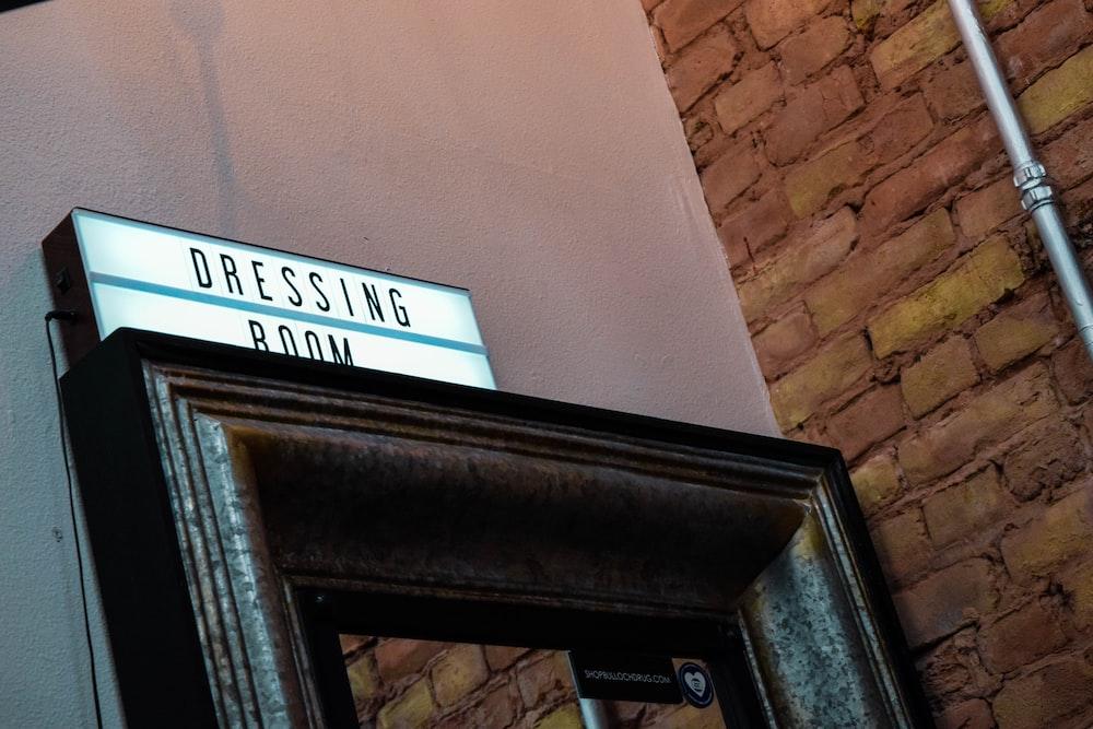 dressing room lighted signage