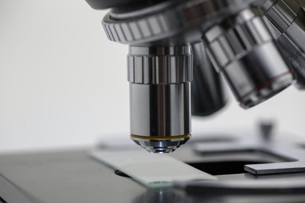 Microscopio AI e AR di Google per rilevare il cancro
