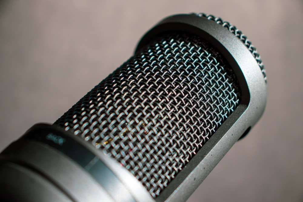 closeup photography of condenser microphone