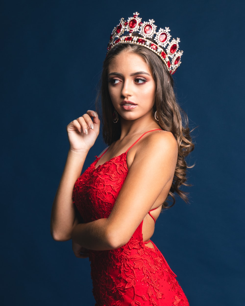 woman with red crown