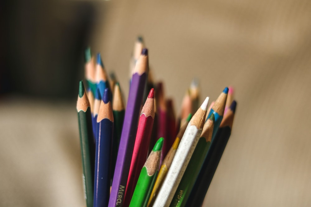 assorted-color color pencil lot