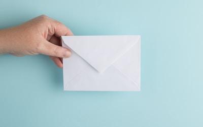 Adicionar uma conta de e-mail ao iPhone, iPad ou iPod touch