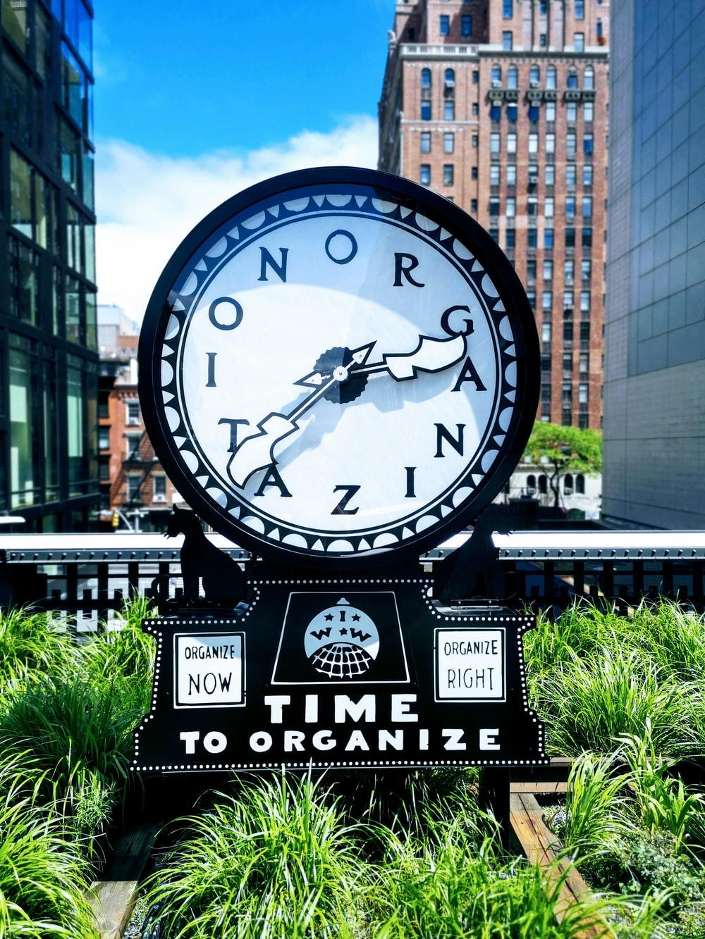 time to organize clock