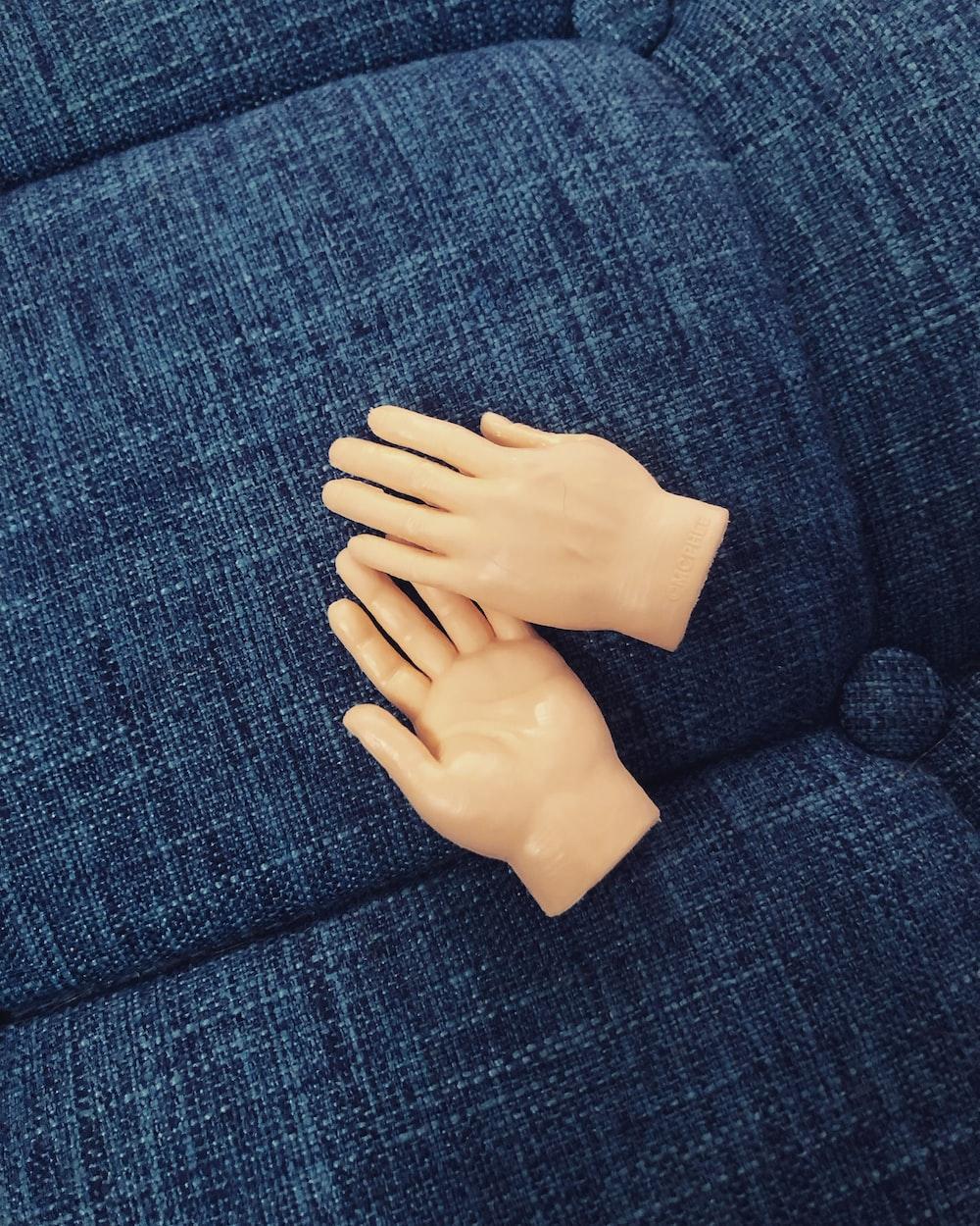 faux hands