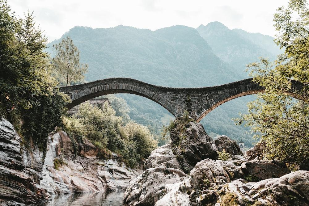 arch gray concrete bridge