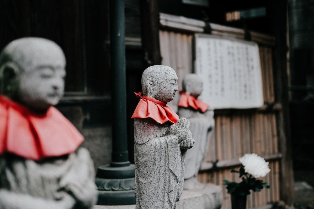 monk statue