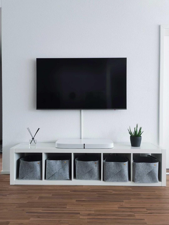 Samsung TV with Sonos  Playbase on Ikea stuff