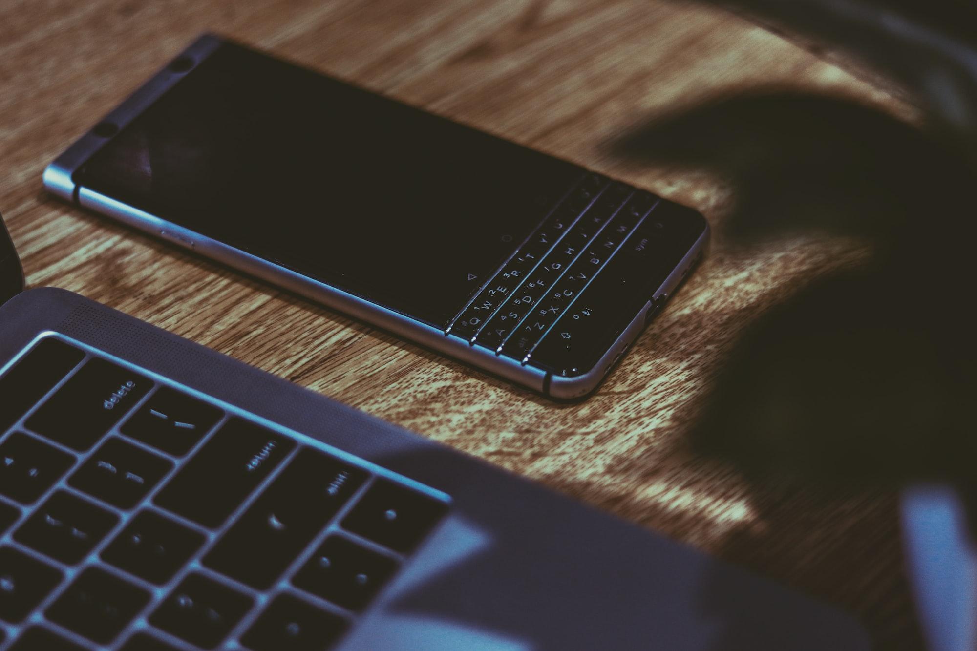 Blackberry KeyOne + Macbook Pro