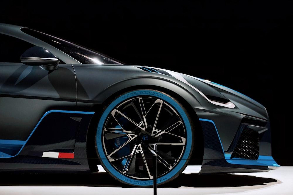 grey and blue multi-spoke wheel