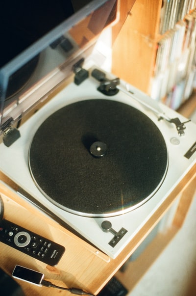 black and silver vinyl player