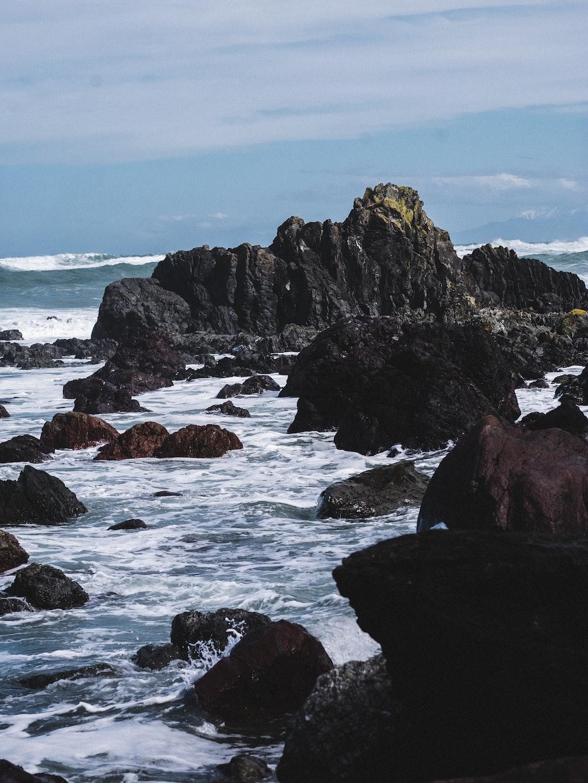 rock boulder lot in sea shore