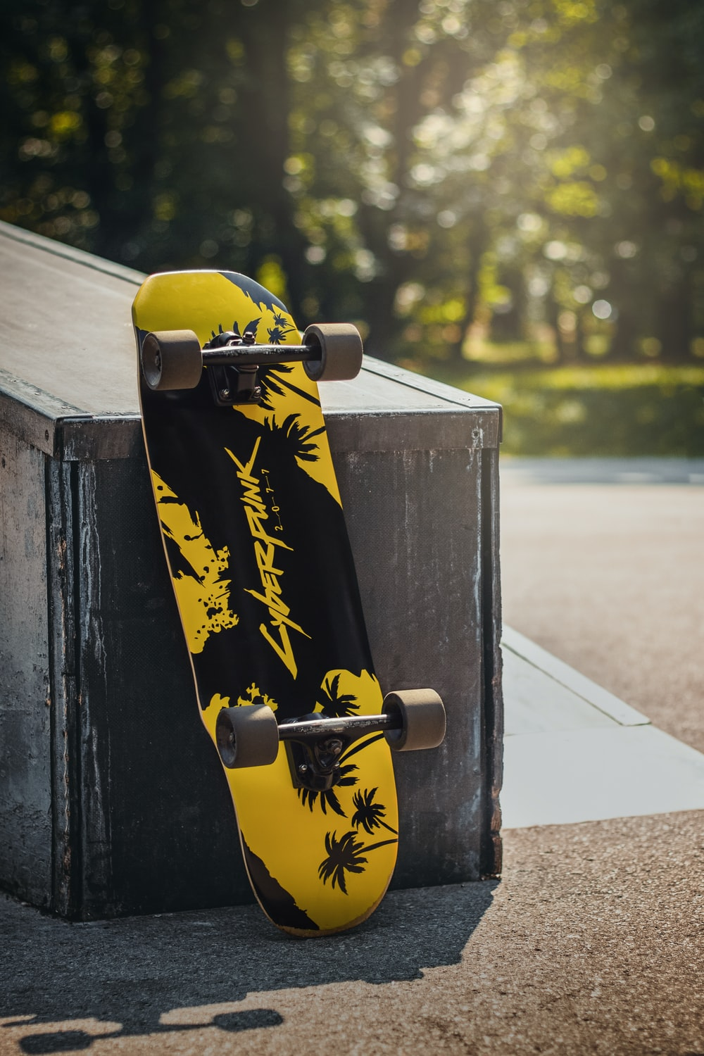 black and yellow skateboard